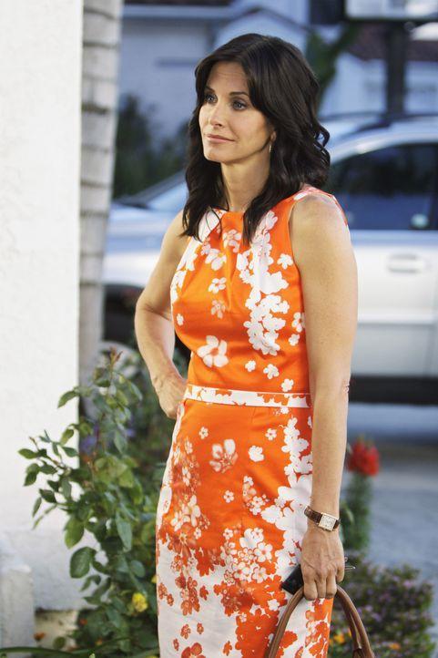 Die erfolgreiche Immobilienmaklerin Jules (Courteney Cox) hat sich von ihrem Ehemann Bobby getrennt und lernt nun die Wahrheit über das Älterwerde... - Bildquelle: 2009 ABC INC.