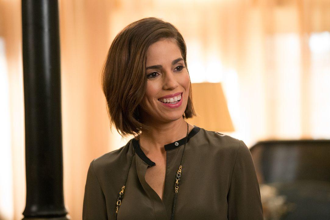 Noch ahnt Marisol (Ana Ortiz) nicht, welches hinterhältige Spiel die Haushälterin ihres neuen Verlobten spielt ... - Bildquelle: 2014 ABC Studios