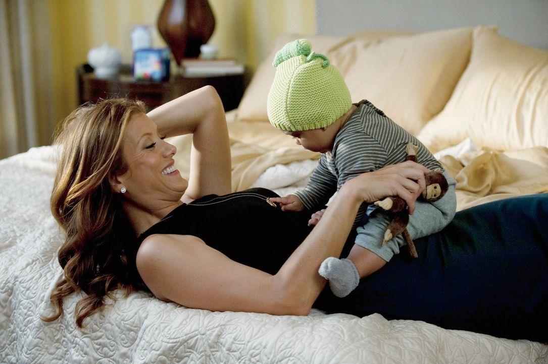 Während Amelia ihr erstes Jahr ohne Alkohol feiert, genießt Addison (Kate Walsh) ihr neues Leben ... - Bildquelle: ABC Studios