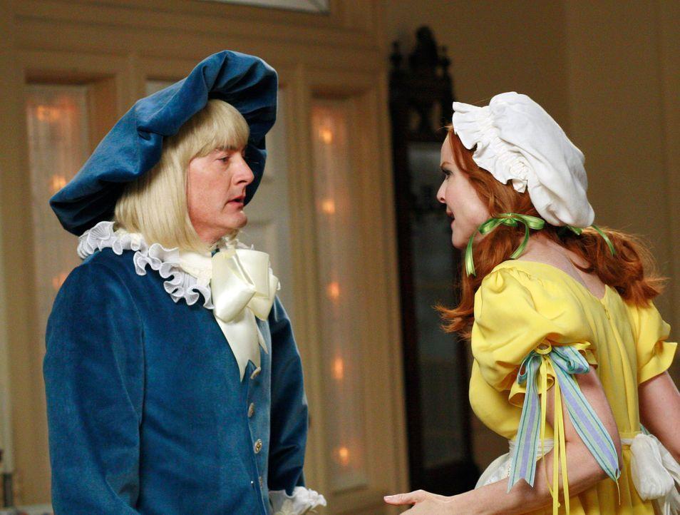 In der Wisteria Lane wird Halloween gefeiert, und Bob und Lee veranstalten eine große Party in ihrem Haus, auf der zahlreiche Anwohner in obskuren K... - Bildquelle: ABC Studios