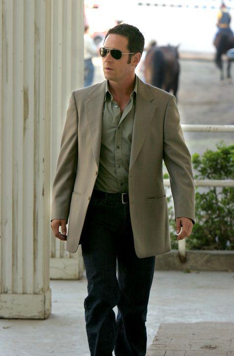 Hat einen neuen Fall, an dem er arbeitet: Don (Rob Morrow) ... - Bildquelle: Paramount Network Television