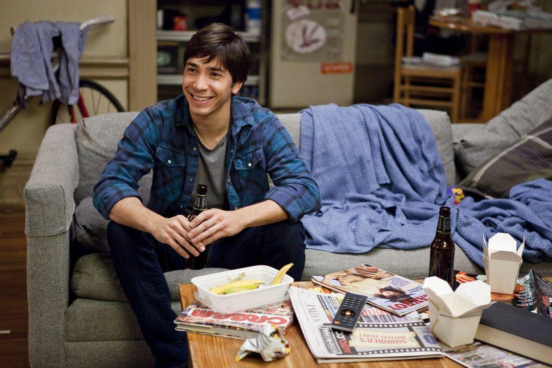 Versucht verzweifelt, die Fernbeziehung zu Erin am Laufen zu halten: Garrett (Justin Long) ... - Bildquelle: 2010 Warner Bros.