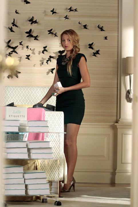 Arbeitet hart an der Planung für Blairs Brautparty: Serena (Blake Lively) ... - Bildquelle: Warner Bros. Television