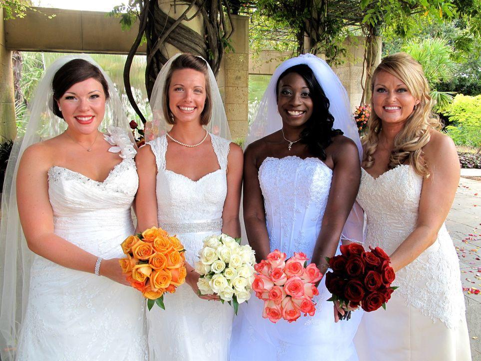 Welche Braut trägt das schönste Kleid? Wer hat die leckerste Hochzeitstorte? Welches Paar hat die ergreifendste Hochzeitszeremonie? Amy (l.), Sara... - Bildquelle: 2011 Discovery Communications, LLC