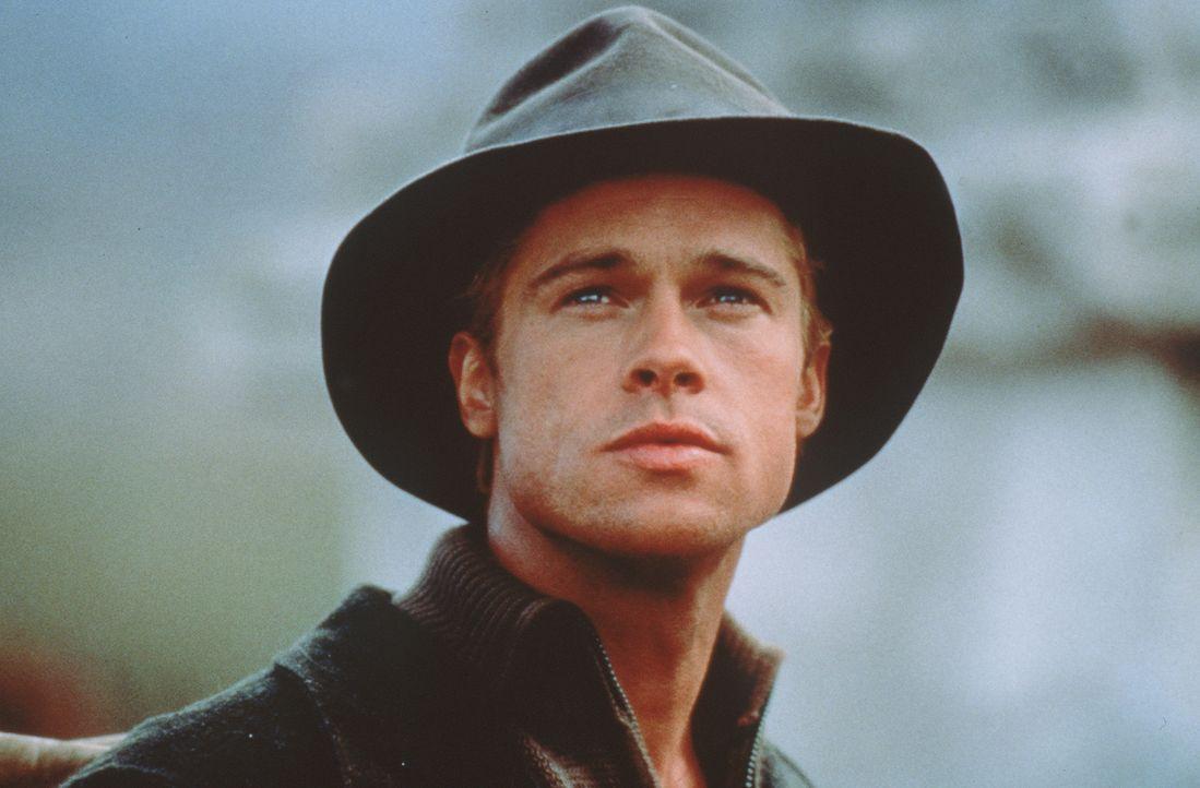 In Tibet wird Heinrich Harrer (Brad Pitt) ein neuer Mensch ... - Bildquelle: TriStar Pictures