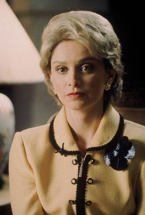 Verzweifelt sucht Ally (Calista Flockhart) nach einem passenden Outfit für ihr Date mit dem Rabi ... - Bildquelle: Twentieth Century Fox Film Corporation. All rights reserved.