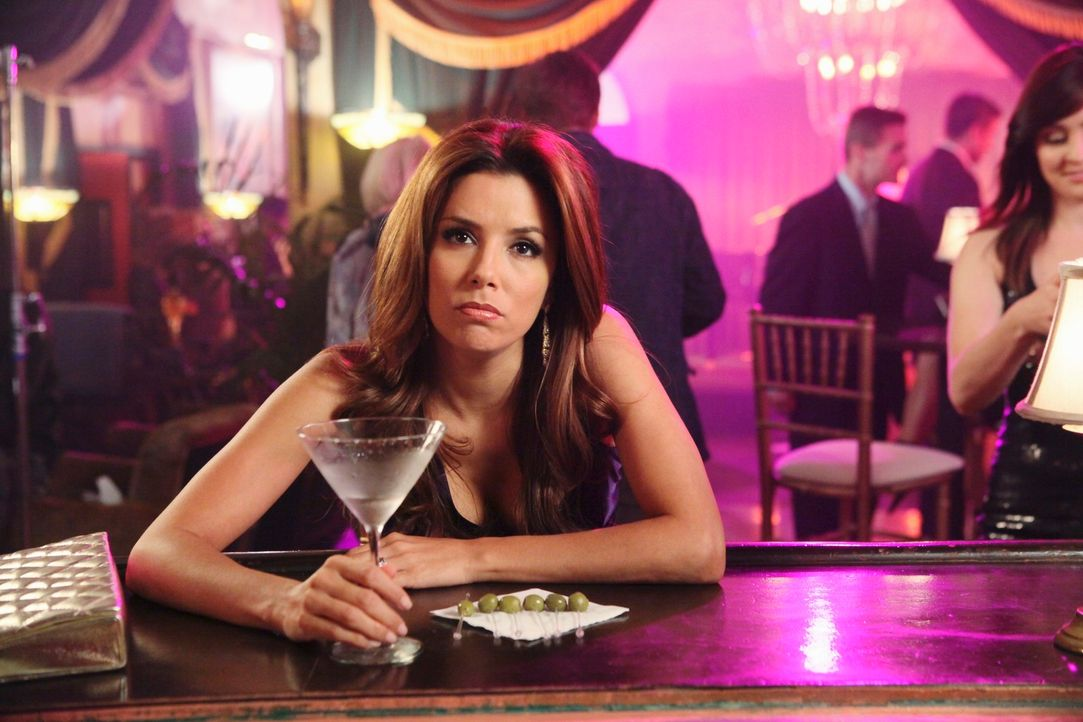 Zwischen Gabrielle (Eva Longoria) und Renee kommt es zum Streit, da beide offenbar Geheimnisse der jeweils anderen preisgegeben haben, während Bree... - Bildquelle: ABC Studios