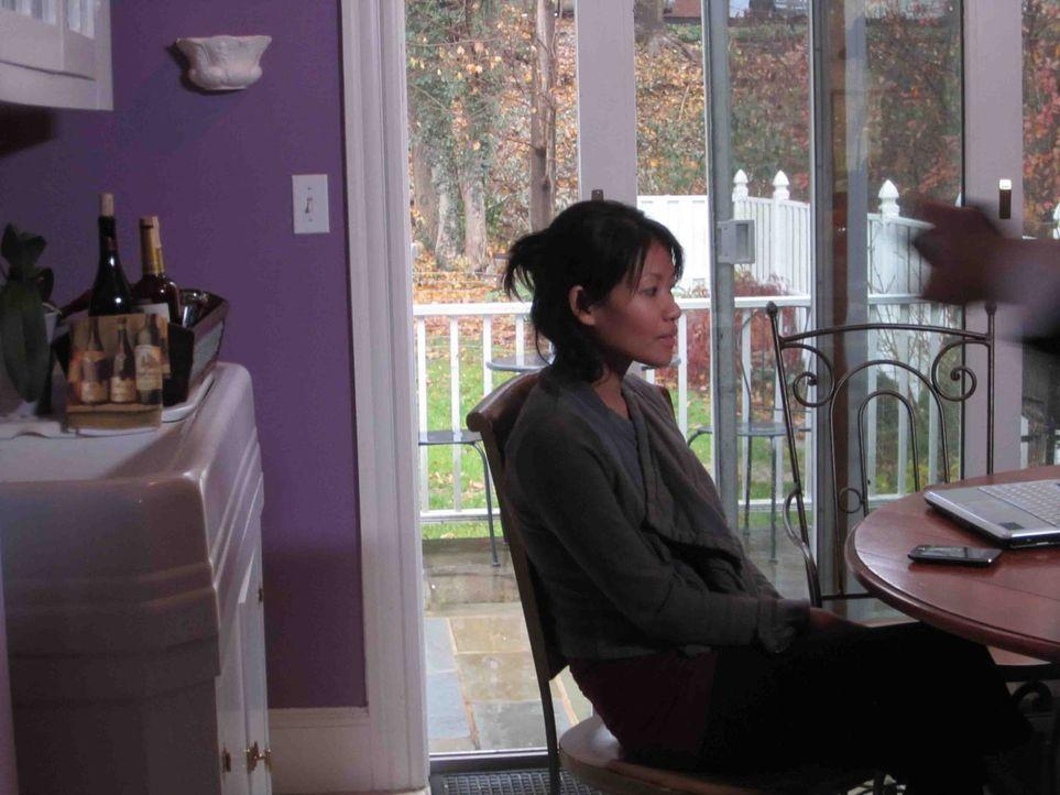 Als die junge Mai Hlee Xiong an einem Schönheitswettbewerb teilnimmt, ahnt sie nicht, dass sich im Publikum eine Person sitzt, die ganz genau hinsch... - Bildquelle: Kate Findlay-Shirras Atlas Media, 2011