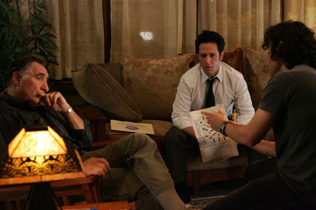 Nachdem vier Menschen fast an der Einnahme nicht verschreibungspflichtiger Medikamente starben, wird Don (Rob Morrow, M.) und sein Team mit dem Fall... - Bildquelle: Paramount Network Television