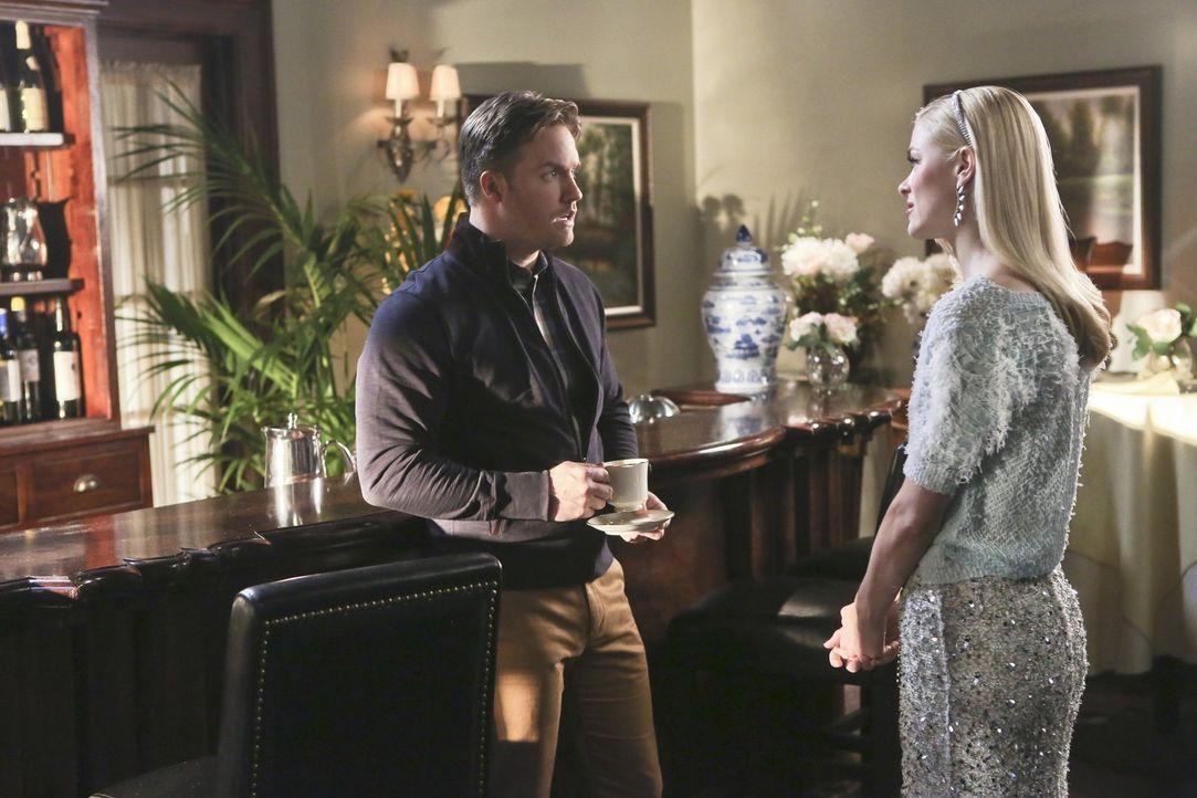 Gelingt es Zoe, die Probleme von George (Scott Porter, l.) und Lemon (Jaime King, r.) zu lösen - oder macht sie es nur noch schlimmer? - Bildquelle: Warner Brothers