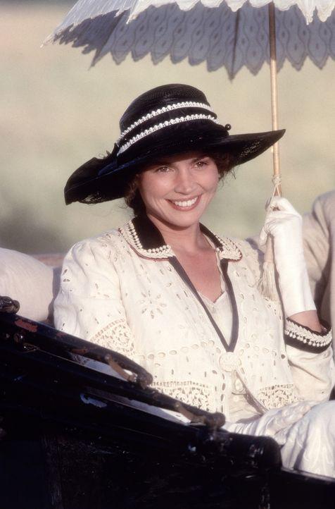Die überaus attraktive Susannah (Julia Ormond) verdreht nicht nur einem Mann den Kopf ... - Bildquelle: TriStar Pictures