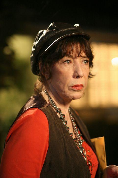 Ist ihrer Schwester behilflich, Nachforschungen über Dave einzuholen: Roberta (Lily Tomlin) ... - Bildquelle: ABC Studios