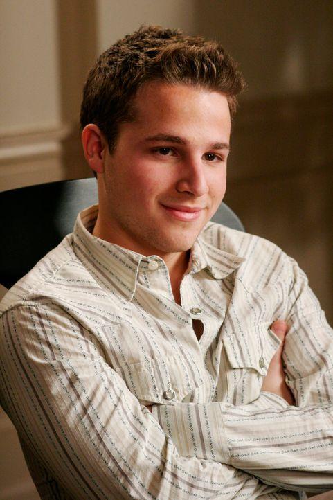 Andrew (Shawn Pyfrom) hat einen Plan und erzählt seinen Großeltern, dass er sich bei Bree nicht mehr sicher fühlt ... - Bildquelle: 2005 Touchstone Television  All Rights Reserved