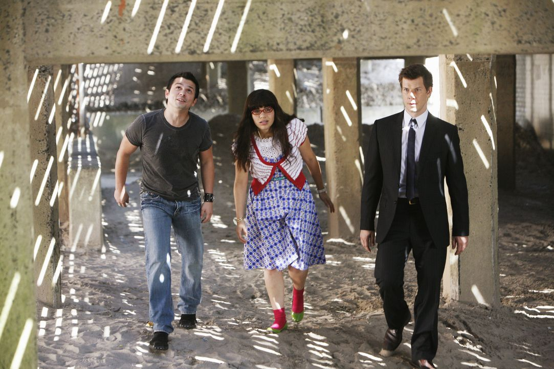 Suchen ein verzweifeltes Kind: Gio (Freddy Rodriguez), Betty (America Ferrera) und Daniel (Eric Mabius) ... - Bildquelle: 2008   ABC Studios