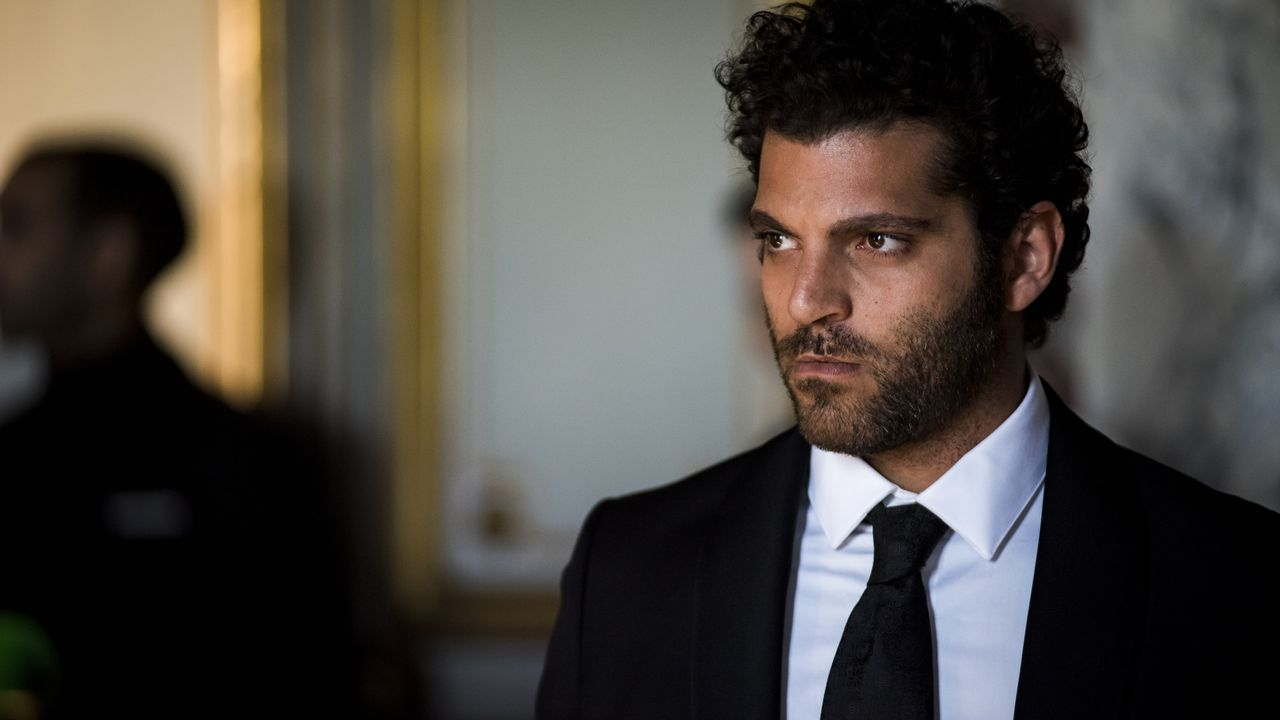 Roman (Vincent Heneine) - Bildquelle: Nicolas Roucou 2019 BEAUBOURG AUDIOVISUEL / TF1 / Nicolas Roucou