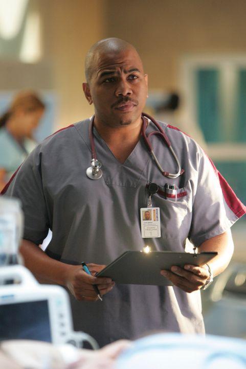 Chef-Pfleger Tuck Brody (Omar Gooding) ist äußerst stressresistent ... - Bildquelle: Warner Brothers