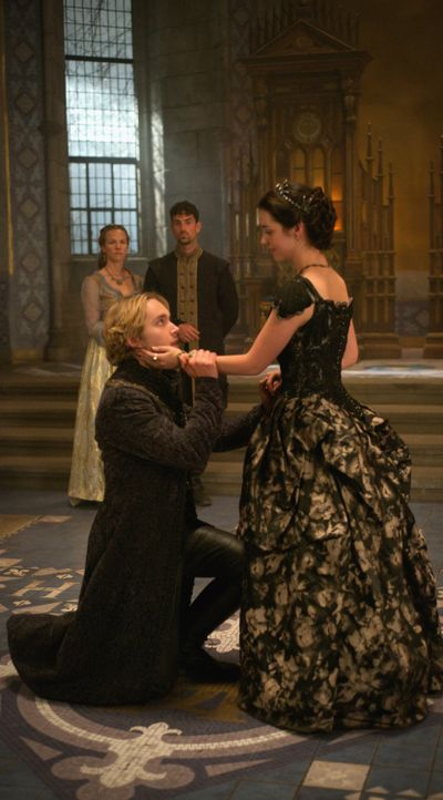 Reign_Season3Episode3_3 - Bildquelle: 2015 The CW Network. All Rights Reserved.