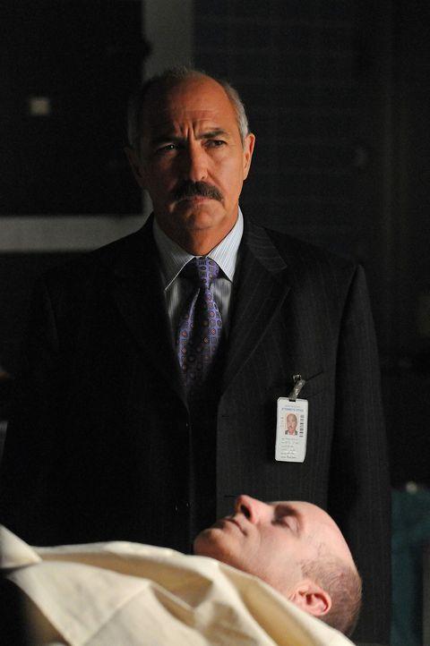 Manuel Devalos (Miguel Sandoval) hofft auf Allisons außergewöhnlichen Fähigkeiten, um den aktuellen Fall zu lösen ... - Bildquelle: Paramount Network Television