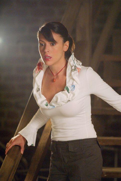 Cole will mit Hilfe von Nexus, einer besonders starken Machtquelle, Phoebe (Alyssa Milano) auf die Seite des Bösen ziehen ... - Bildquelle: Paramount International Television