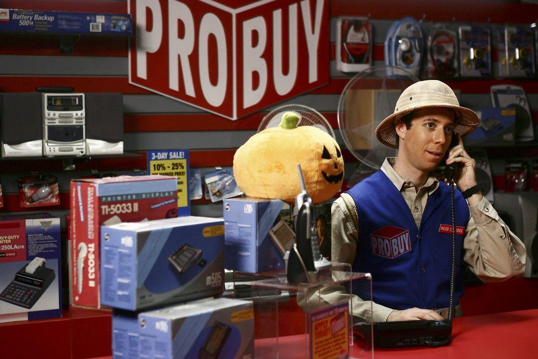 Walter (Kevin Sussman) ist überglücklich, wieder mit Betty zusammen zu sein ... - Bildquelle: Buena Vista International Television