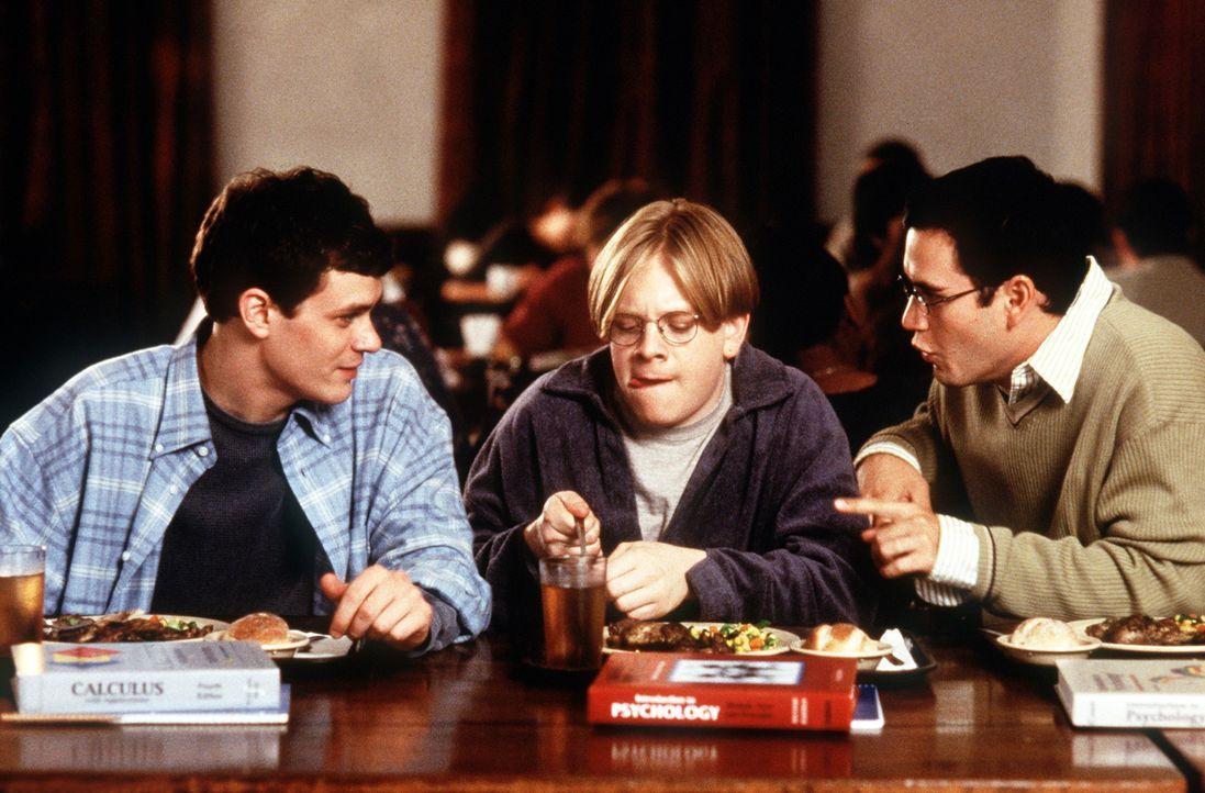 Cooper (Mark-Paul Gosselaar, r.) und Josh (Tom Everett Scott, l.) haben einen teuflischen Plan: Um das Semester trotz schlechter Zensuren zu bestehe... - Bildquelle: Paramount Pictures