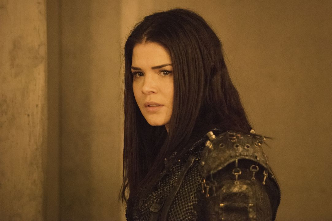 Octavia Blake (Marie Avgeropoulos) - Bildquelle: 2020 Warner Bros. Entertainment Inc. All rights reserved.