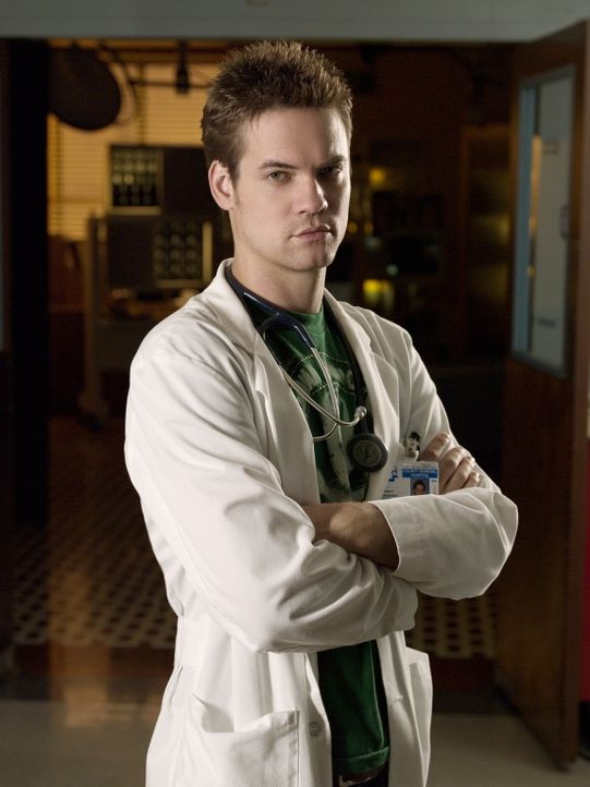 (13. Staffel) - Dr. Ray Barnett (Shane West) arbeitet in der Notaufnahme des County General Hospital ... - Bildquelle: Warner Bros. Television