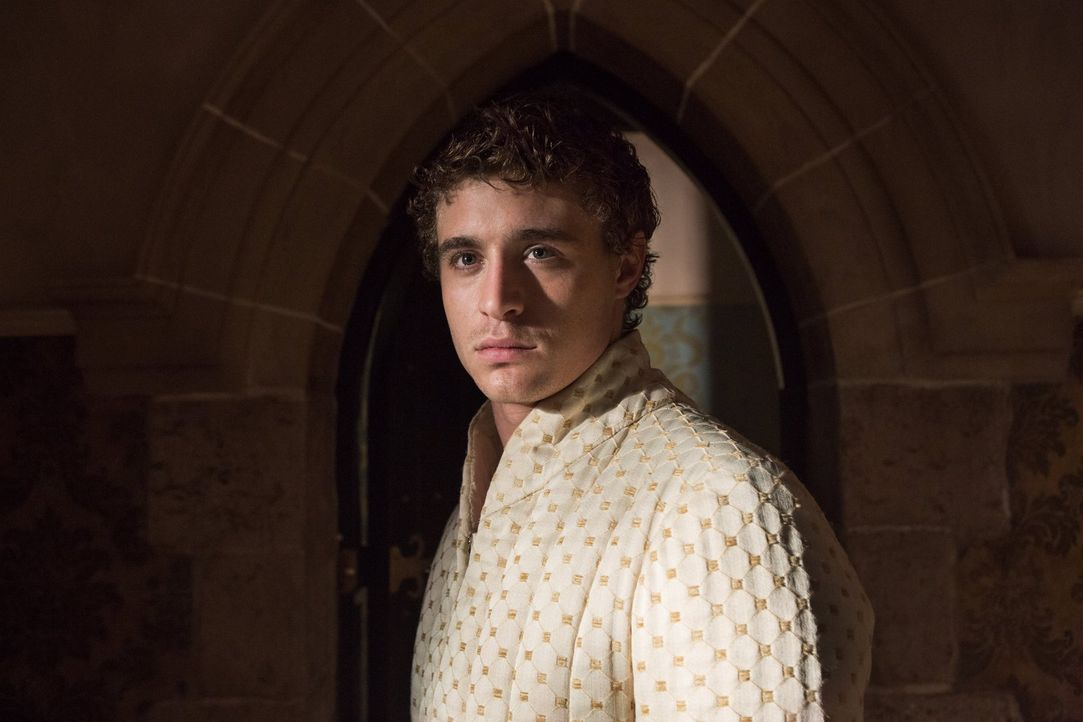 Der Platz auf dem Thron ist hart umkämpft wie König Edward (Max Irons) am eigenen Leibe spüren muss ... - Bildquelle: 2013 Starz Entertainment LLC, All rights reserved