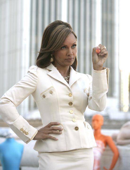 Wilhelminas (Vanessa Williams) Geheimnis wird von Betty gelüftet ... - Bildquelle: Buena Vista International Television