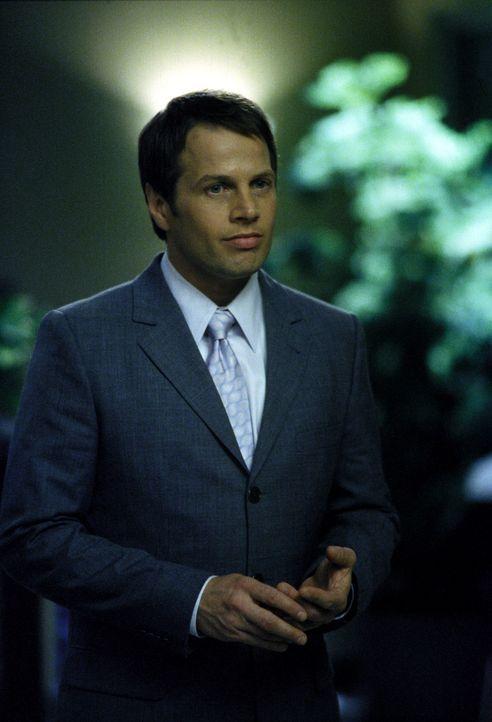 Gleich nach Billys Tod kommt Mark Albert (James Le Gros) als neuer Anwalt in die Kanzlei. Das schnelle Einstellen eines neuen Anwalts gefällt nicht... - Bildquelle: 2000 Twentieth Century Fox Film Corporation. All rights reserved.