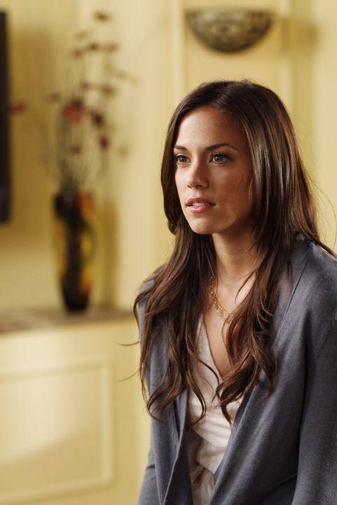 Nach ihrem Selbstmordversuch hofft Alex (Jana Kramer), endlich Julians Aufmerksamkeit zu bekommen ... - Bildquelle: Warner Bros. Pictures