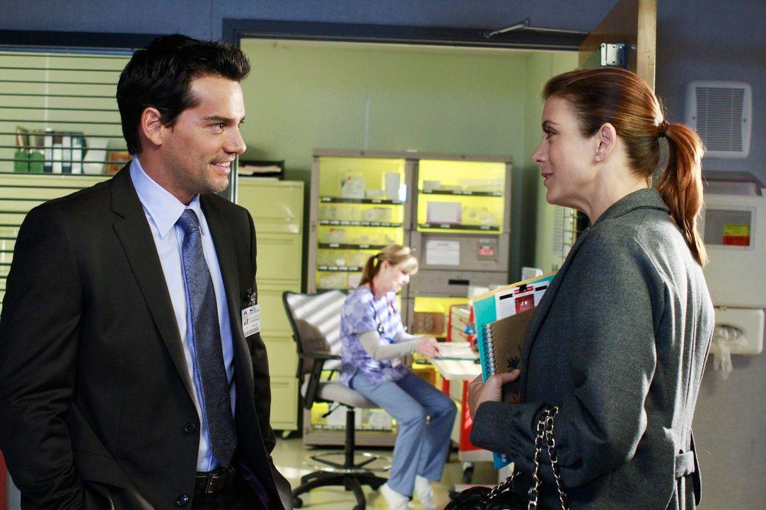 Dr. Rodriguez (Cristián de la Fuente, l.) hat es auf  Addison (Kate Walsh, r.) abgesehen und lässt nichts unversucht, sie zu beeindrucken. Wird si... - Bildquelle: ABC Studios