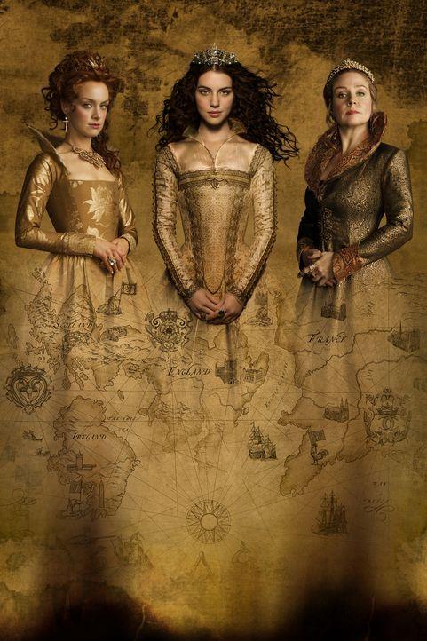 (4. Staffel) - Der Machtkampf zwischen Königin Mary Stuart (Adelaide Kane, M.), Königin Elizabeth (Rachel Skarsten, l.) und Königin-Mutter Catherine... - Bildquelle: 2016 The CW Network, LLC. All rights reserved.