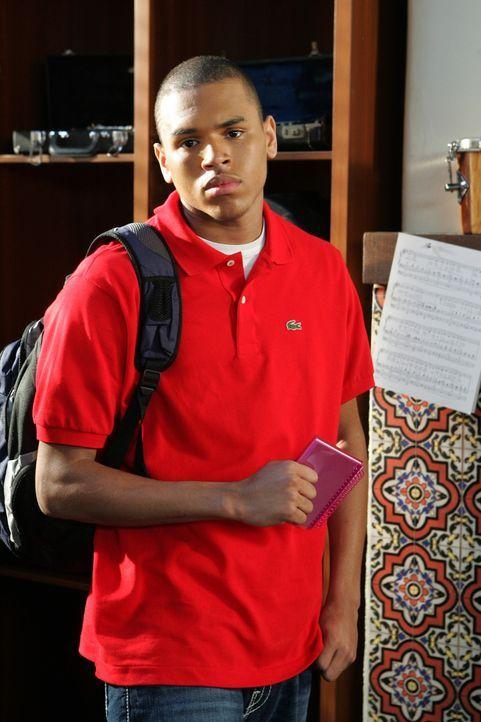 Hat keine Lust mit Kaitlin zusammen zu arbeiten: Will (Chris Brown) ... - Bildquelle: Warner Bros. Television