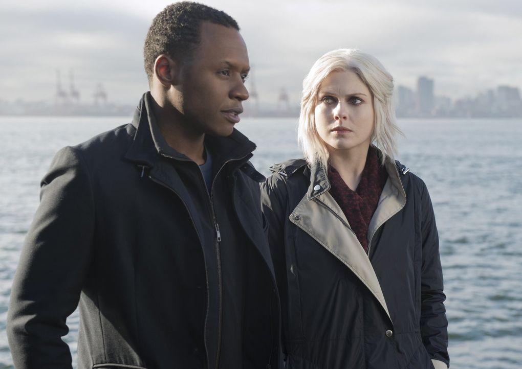 Das Vertrauen zwischen Clive (Malcolm Goodwin, l.) und Liv (Rose McIver, r.) wird durch einen anderen Cop auf eine harte Probe gestellt ... - Bildquelle: 2014 Warner Brothers