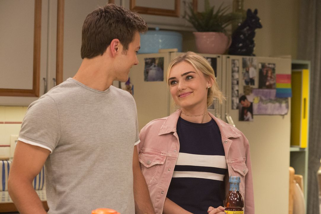 Trip Windsor (Peyton Meyer, l.); Taylor (Meg Donnelly, r.) - Bildquelle: Michael Ansell 2018 American Broadcasting Companies, Inc. All rights reserved. / Michael Ansell