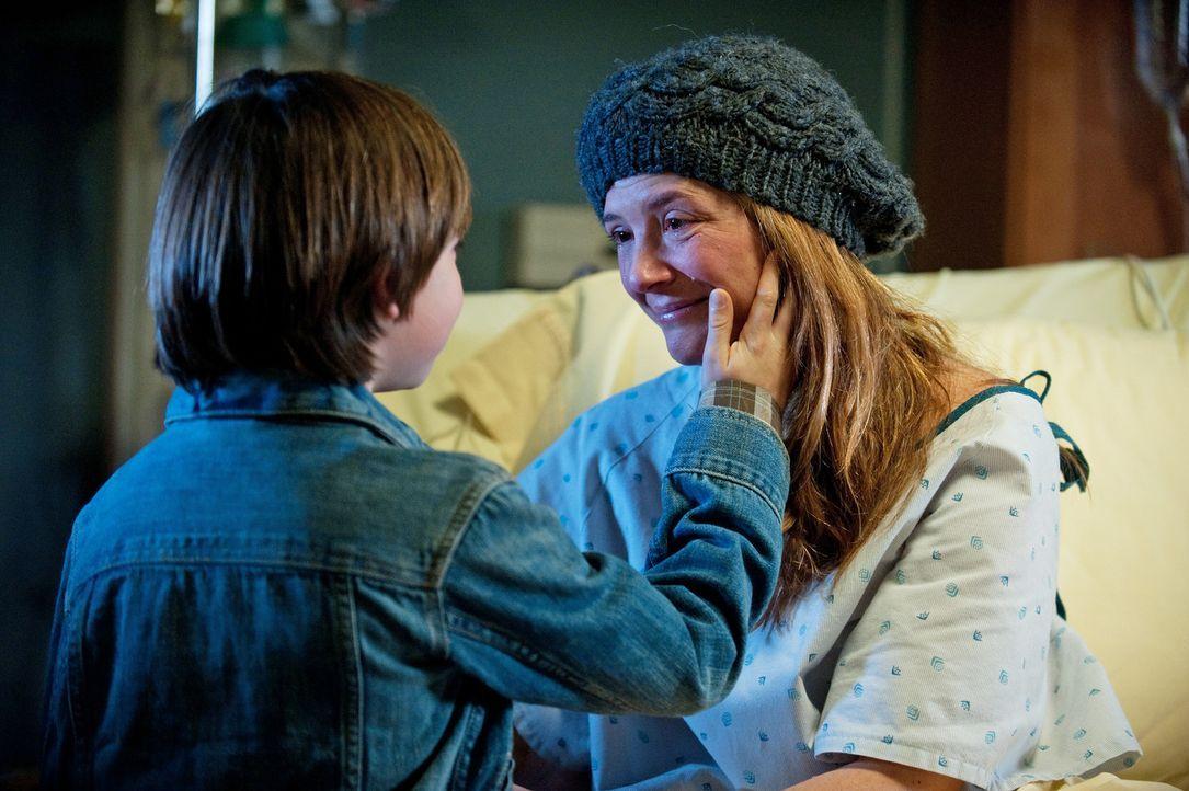 Eine schwere Zeit steht ihnen bevor: Erica (A.J. Langer, r.) und Mason (Griffin Gluck, l.) ... - Bildquelle: ABC Studios