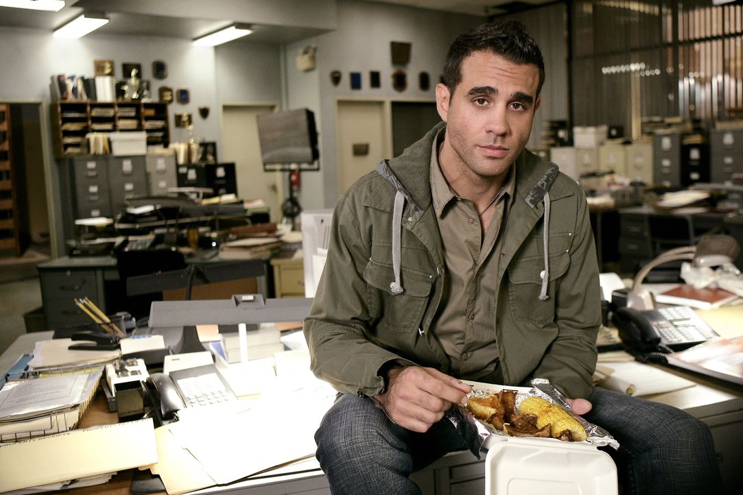 Kennt sich in jeder Dealerecke von Philly aus: Eddie Saccardo (Bobby Cannavale) ... - Bildquelle: Warner Bros. Television