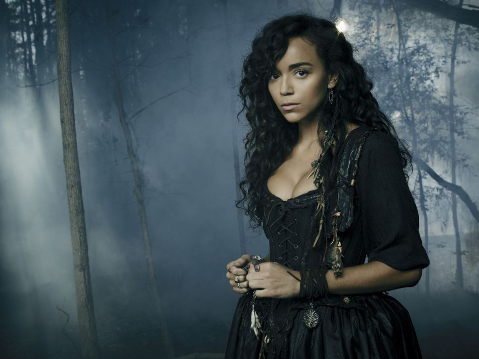 (2. Staffel) - Macht bei dem Sohn ihrer Meisterin einige sonderbaren Beobachtungen: Tituba (Ashley Madekwe) ... - Bildquelle: 2015 Fox and its related entities. All rights reserved.