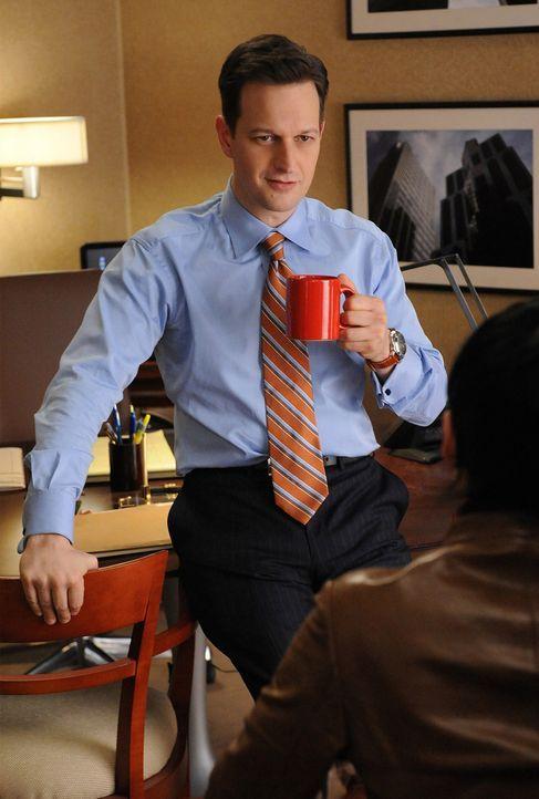 Als Will (Josh Charles) von AUSA Rivers bedroht wird, übernimmt er die Verteidigung von Eric Dorfman, Anwalt des schwerreichen Drogenhändlers Bish... - Bildquelle: CBS Studios Inc. All Rights Reserved.