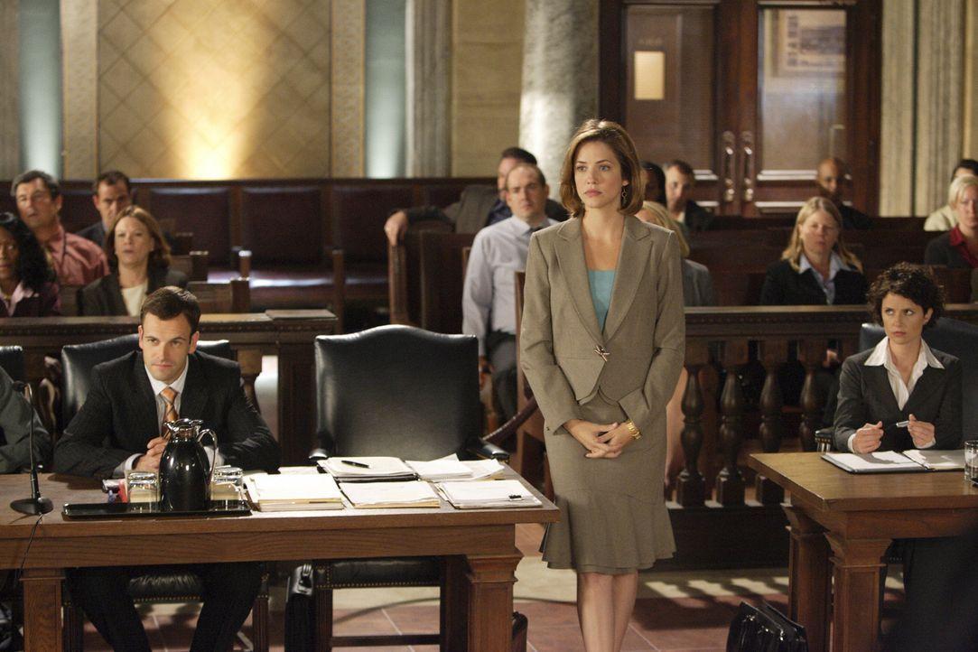 Eli (Jonny Lee Miller, l.) und Maggie (Julie Gonzalo, r.) haben einen neuen Fall ... - Bildquelle: Disney - ABC International Television