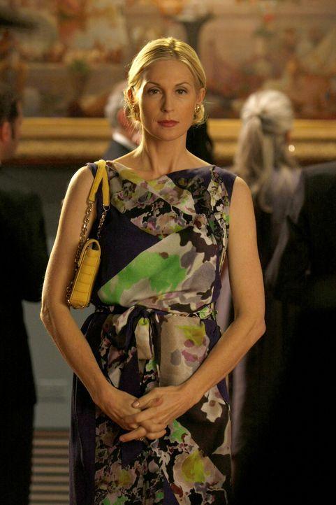 Lily (Kelly Rutherford) hofft, dass mit Rufus bald wieder alles so wie davor ist. - Bildquelle: Warner Brothers.
