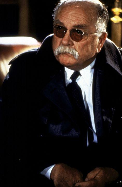 FBI-Agent William Devasher (Wilford Brimley) bewegt sich auf dünnem Eis ... - Bildquelle: Paramount Pictures