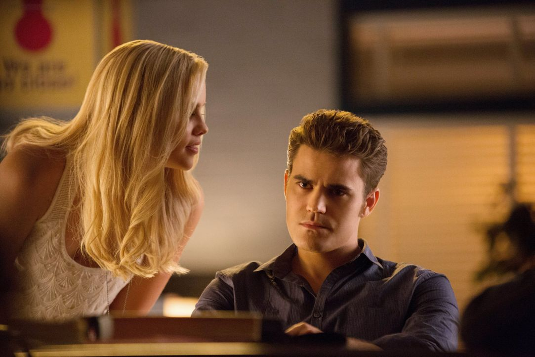 Rebekah und Stefan Salvatore - Bildquelle: Warner Bros. Entertainment Inc.