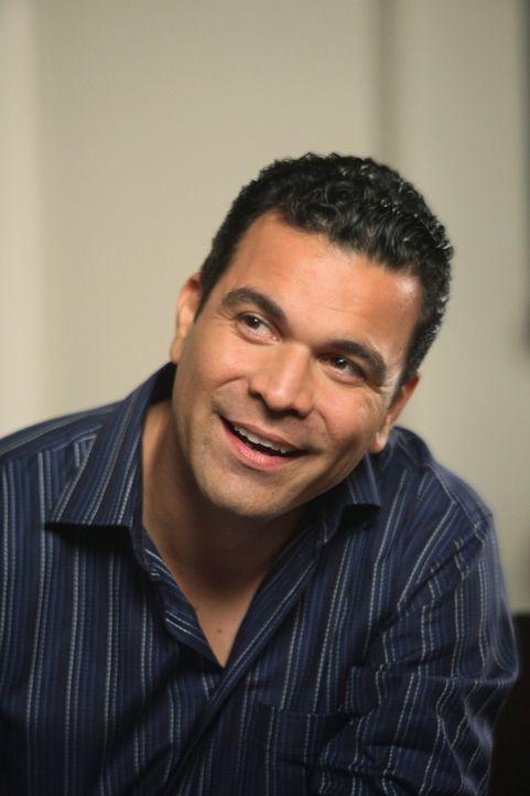 Ahnt nicht, was noch auf ihn zukommen wird: Carlos (Ricardo Antonio Chavira) ... - Bildquelle: ABC Studios