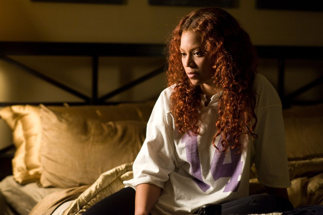 Als die Bürohilfe Lisa anfängt, ihren Ehemann zu verfolgen und vorgibt, eine Affäre mit ihm zu haben, gerät Sharons (Beyoncé Knowles) Leben nicht nu... - Bildquelle: 2009 Screen Gems, Inc. All Rights Reserved.