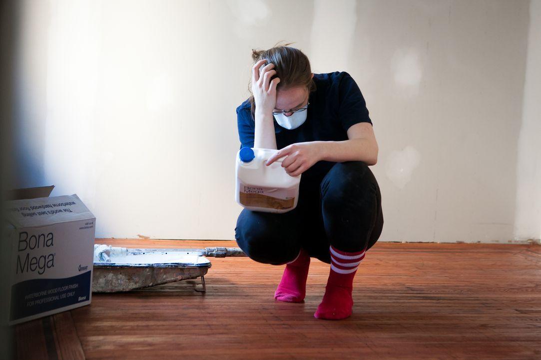 Als Designerin hatte sich Abby den Umbau des Hauses einfacher vorgestellt, doch überall warten Tücken und Hindernisse ... - Bildquelle: 2013, DIY Network's/Scripps Network's, LLC.