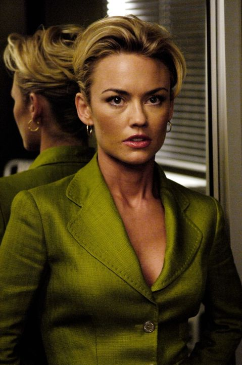 Kann nicht glauben, was ihr und Christian vorgeworfen wird: Kimber (Kelly Carlson) ... - Bildquelle: TM and   2005 Warner Bros. Entertainment Inc. All Rights Reserved.