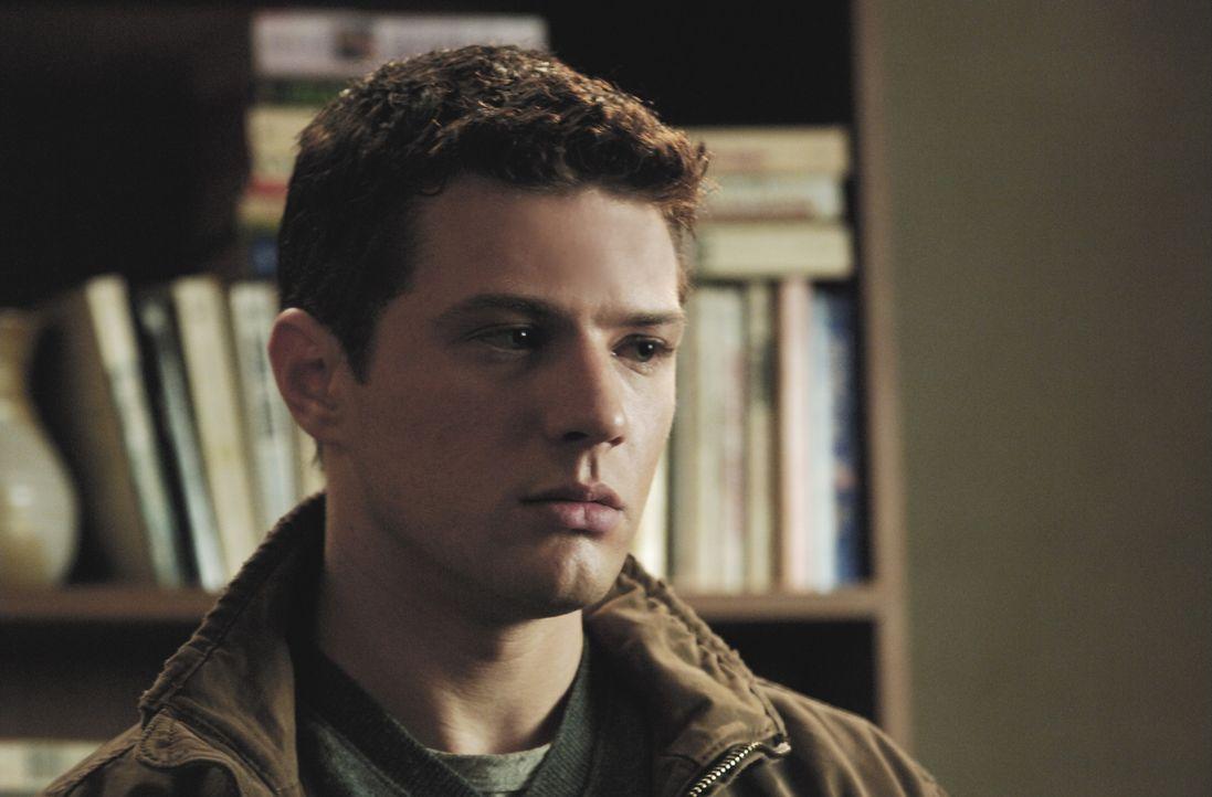 Als persönlicher Assistent von Robert Hanssen versucht der angehende FBI Agent Eric O'Neill (Ryan Phillippe) diesen auszuspionieren, um ihm den Ver... - Bildquelle: Universal Pictures