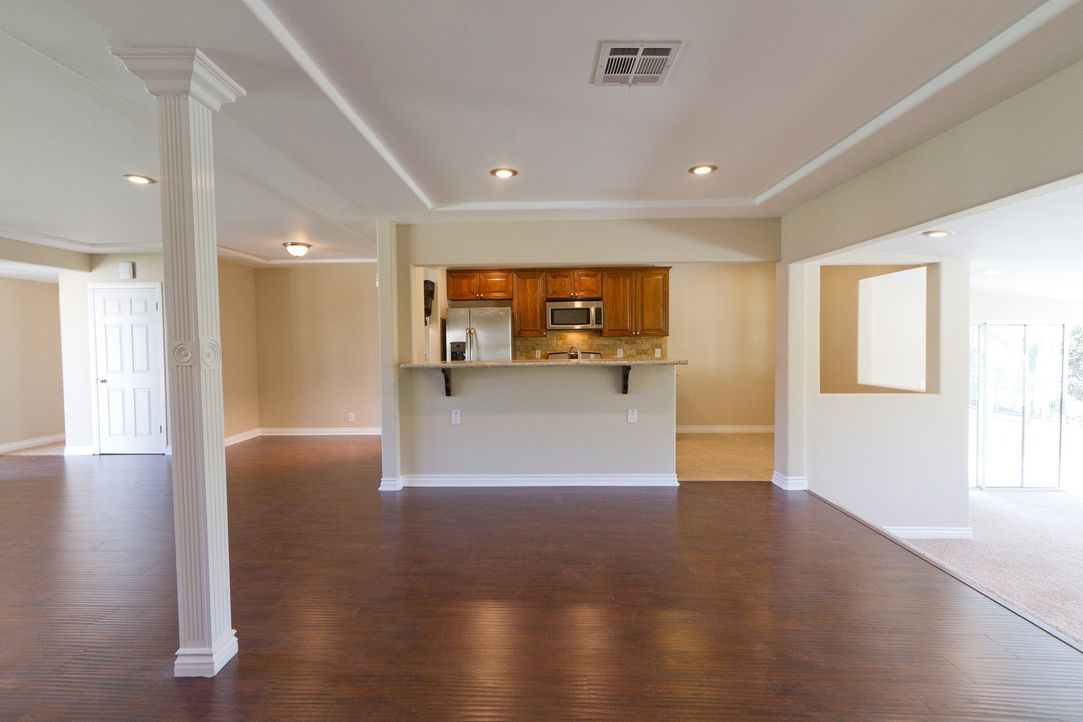 Top oder Flop? Folge 1 Der neue Wohnbereich - Bildquelle: 2012, HGTV/Scripps Networks, LLC. All Rights Reserved